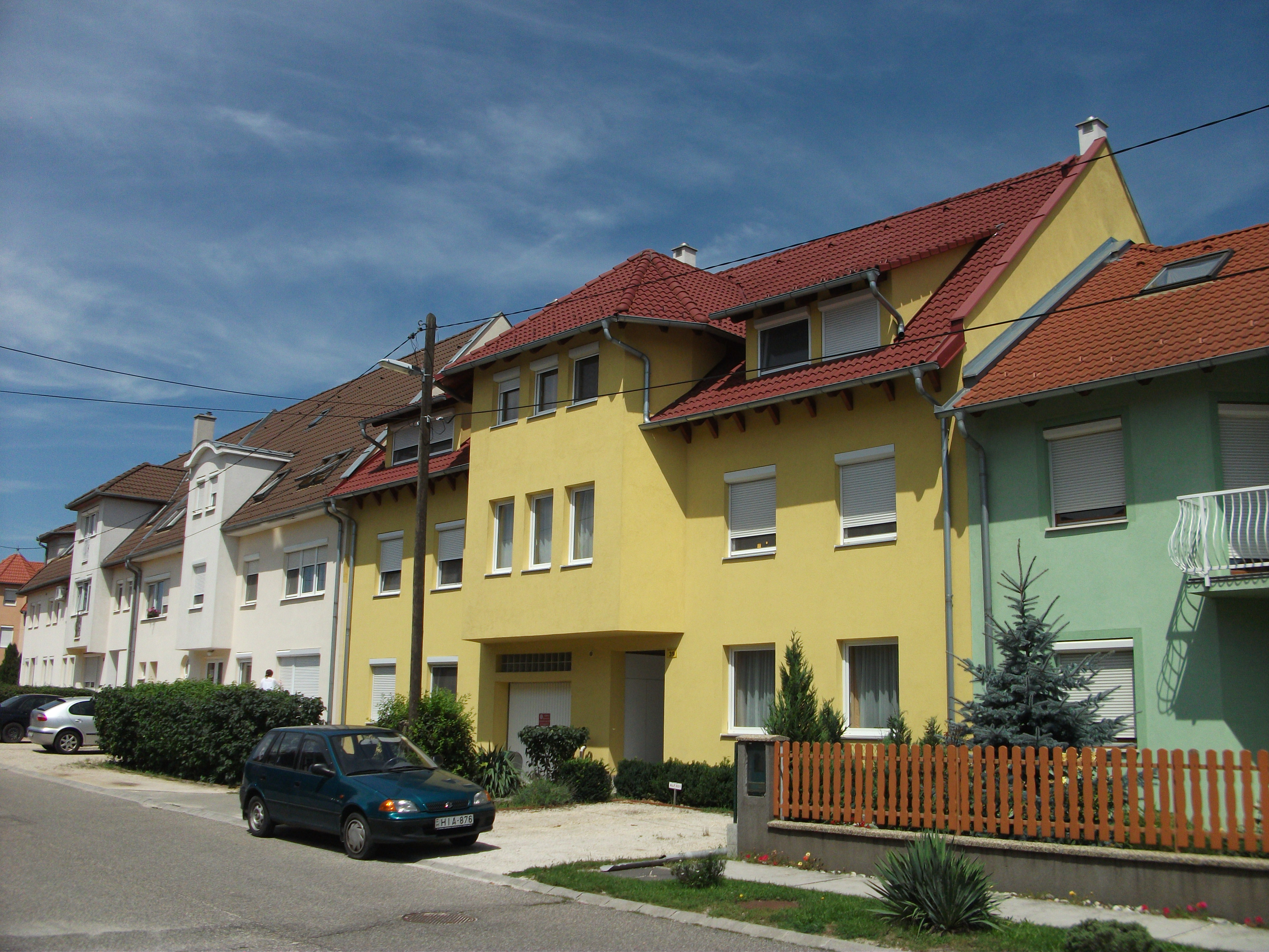 Ravazd utca, 9 lakásos társasház